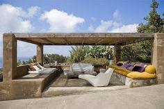 flavio albanese / casa pantelleria