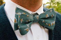 bow tie | Photography by Fox Owl Studio