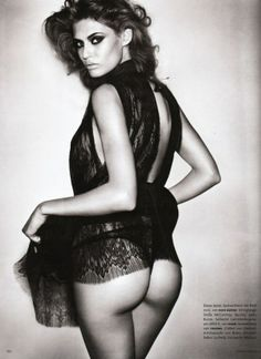 Bianca Balti by Vincent Peters for the February 2010 issue of Vogue Germany  #storiedphotos