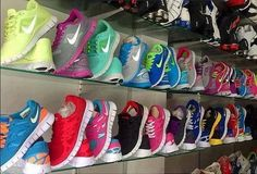 the only way for me to start working out is to get me a pair of these!! -- #Nike #Shoes Running shoes