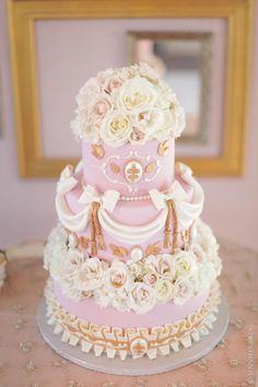 Stunning cake designs from Sweet on Cake on WedLoft.com