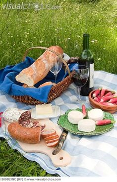 Just a simple french Picnic in the park, that's all I really need for mothers day. #PPBmothersday