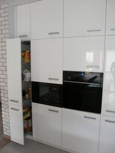 Nowoczesne meble kuchenne - realizacja FILMAR meble www.filmarmeble.pl   #meblekuchenne #kuchnia #biala #bialefronty #polysk #design #szuflada