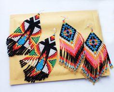 Conjunto de 2 pares de nativos americanos de cuentas pendientes, pendientes de la India, puntada peyote, pendientes tribales, pendientes de huichol