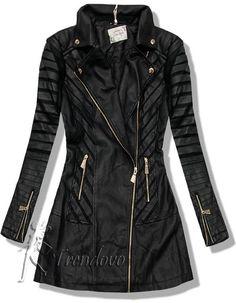 Čierny kabát J8022