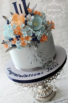 Julie's floral graduation cake  - Cake by Little Apple Cakes