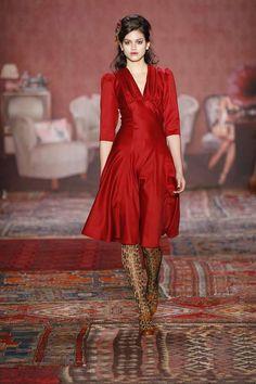 Runway / Lena Hoschek / Berlin / Herbst 2011 / Kollektionen / Fashion Shows / Vogue - VOGUE