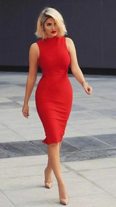 Modelo de vestido tubinho vermelho The Effective Pictures We Offer You About REd dress aesthetic A quality picture can tell you many things. Classy Dress, Classy Outfits, Chic Outfits, Dress Outfits, Dress Up, Bodycon Dress, Work Outfits, Dress Prom, Red Dress Outfit Casual