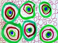 Cerles à l'encre autour d'une gomette + cercles au feutre de graphisme