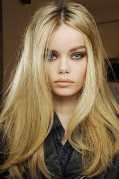 thick wavy blonde hair ideas for long hair