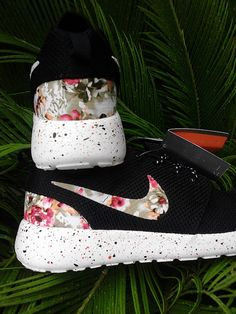 Nike Roshe Run Custom Flower Print Runing Shoes by SmartShoesShop