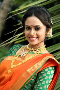 "Amruta Khanvilkar(अमृता खानविलकर) is an Indian film actress who appears in Bollywood and Marathi movies.She was seen performing lavani ""Wajle ki Bara"" in the film Natarang and Fakt Ladh Mhana.She was also a leading lady of the Marathi Films Arjun and Zhakkas. She was performed the role of a teacher in the film Shala which has got the National Award as Best Marathi Film(2012). #Marathi #actress #marathi #movies #AmrutaKhanvilkar(#अमृता खानविलकर)"