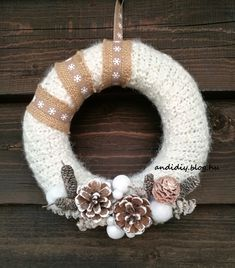 Coron, Xmas, Christmas, Burlap Wreath, Diy And Crafts, Wreaths, Decorations, Instagram, Home Decor