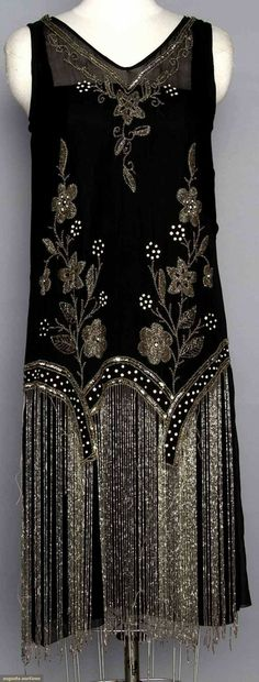 back, Beaded flapper dress. Black silk w/ crystal beads & long beaded fringe Art Deco Fashion, Retro Fashion, Vintage Fashion, Fashion 1920s, 1920s Fashion Dresses, Flapper Fashion, Roaring 20s Fashion, Edwardian Fashion, Fashion Outfits