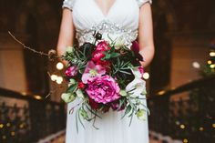 Burgh House wedding venue in Hampstead London for a Christmas wedding with a Noa Jenny Packham bridal gown