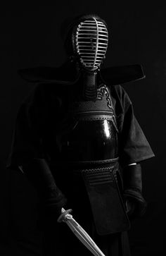 Black White Photos, Black And White, Hair Health And Beauty, Spade, D D Characters, Kendo, Aikido, Dojo, Japanese Art