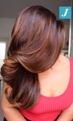 22 new beautiful hair color trends for 22 neue wunderschöne Haarfarbtrends für 2019 22 new gorgeous hair color trends for 2019 cool hair color for long, thick hair # # 2018 - Gorgeous Hair Color, Cool Hair Color, Long Curly Hair, Curly Hair Styles, Thick Hair, Brown Hair With Highlights, Brown Hair Colors, Caramel Hair Highlights, Brunette Highlights