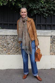 That Perfecto Jacket — Linda V Wright Over 60 Fashion, Mature Fashion, Over 50 Womens Fashion, 50 Fashion, Look Fashion, Autumn Fashion, Fashion Trends, Trendy Fashion, Fashion Tips