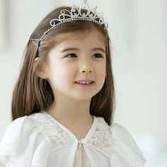 Lauren Hanna Lunde♥ #cute #littlegirl #love #beautiful #lovely #nicepic #bubleelauren #quenn? ^^