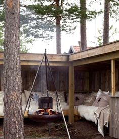 Patio Furniture – A Must Have For Your Outdoor Space Outdoor Rooms, Outdoor Gardens, Outdoor Living, Outdoor Decor, Tiny House Cabin, Tiny Cabins, Garden Seating, Cabins In The Woods, Outdoor Projects