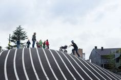 / Topotek 1 + BIG Architects + Superflex Superkilen Park by BIG, and Superflex. Photo © Iwan BaanSuperkilen Park by BIG, and Superflex. Big Architects, Famous Architects, Landscape Architecture, Landscape Design, Architect Logo, Architect House, Urban Park, Green Landscape, Contemporary Landscape