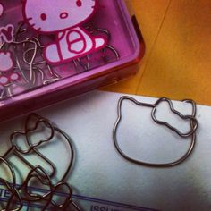 Hello kitty paper clips!!!