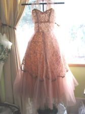 Vintage Prom Wedding Gown Lace Taffeta TulleBeading Strapless Pinup girl 1950's