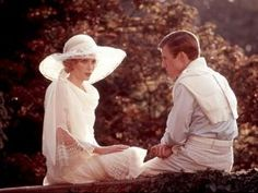 Costumes for the 1974 film, the Great Gatsby, were designed byTheoni V. Aldredge (Annie, La Cage aux Folles, A Chorus Line), and Catherine Martin.