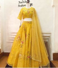 Haldi costumes bestlooks Source by rahulsahubh Lehenga Gown, Lehnga Dress, Indian Lehenga, Lehenga Choli Wedding, Lengha Choli, Net Lehenga, Anarkali, Half Saree Designs, Choli Designs