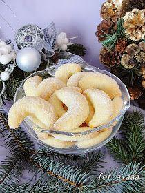 Ala piecze i gotuje: Rogaliki budyniowe Sweet Desserts, Sweet Recipes, Delicious Desserts, Yummy Food, Baking Recipes, Cookie Recipes, Polish Desserts, Kolaci I Torte, Sweets Cake