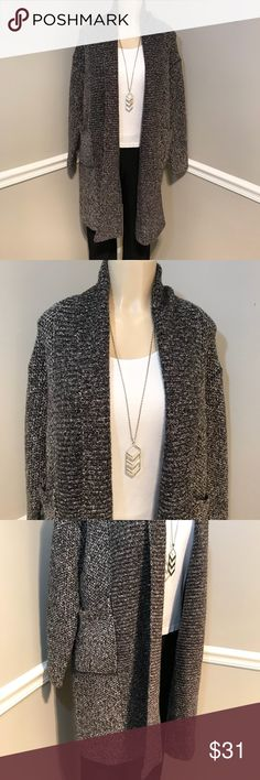 """ZARA Knit Black & White Wool Cardigan Sweater Sz S This beautiful oversized sweater is like new and has pockets. Bust measures 21"""" laying flat. Length 38"""" shoulder to hem. Long sleeves. Excellent condition. Smoke free home. (CR) Zara Sweaters Cardigans"""