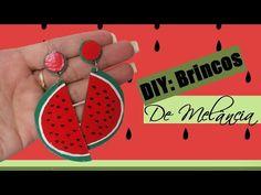 Olá, no vídeo de hoje eu venho mostrar pra vocês um DIY de Brinco Fun de Melância Feito com CD       eu usei:   - CD  - Esmalte Vermelho  - ...