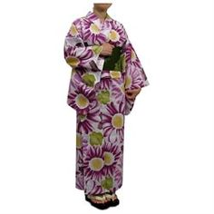 This product is included Yukata, Hanhaba-Obi, Geta and Koshi-Himo. You can enjoy wearing Japanese tradition. Yukata is an informal cotton kimono (Japanese traditional garment) for summer. Hanhaba Obi is the sash worn with Kimono or Yukata and you can enjoy arranging in a variety of knots. Geta is also traditional, a pair of Japanese wooden clogs. Koshi-himo is a cord for tie to the waist to hold your kimono in place. This process call Ohasyori. Thanks to Ohasyori, the movement of the upper…