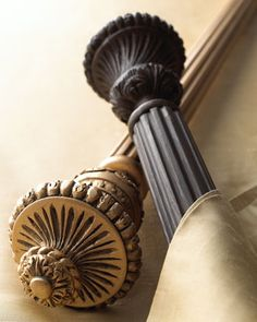 "Two ""Italian Renaissance"" Finials - Classic styling on finials made of resin with an Antique-Gold or Italian-Walnut finish"