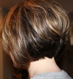 Best Back of Bob Haircut Pictures - Alysa Queen Short Stacked Haircuts, Stacked Bob Hairstyles, Layered Bob Hairstyles, Short Bob Haircuts, Short Hair Cuts, Short Hair Styles, Curly Stacked Bobs, Choppy Hairstyles, Haircut Short