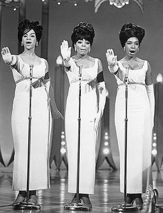 The Supremes L-R Florence Ballard, Diana Ross and Mary Wilson performing Stop! In The Name Of Love on The Hollywood Palace on February 27 1965 aired on March 1965 Music Icon, Soul Music, Jazz Music, Indie Music, Greek Chorus, Diana Ross Supremes, Mary Wilson, Vintage Black Glamour, Little Shop Of Horrors