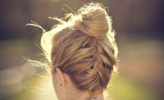 Topknot with French braid. I wish I could french braid my own hair. Summer Hairstyles, Pretty Hairstyles, Braided Hairstyles, Wedding Hairstyles, Princess Hairstyles, Hairstyles 2016, Wedding Updo, Upside Down French Braid, Good Hair Day
