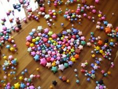 BZCasa Magazine - http://mag.bzcasa.it/abitare/casa-green/decorazioni-di-natale-fai-da-te-4-stelle-di-carta-parte-2-454/