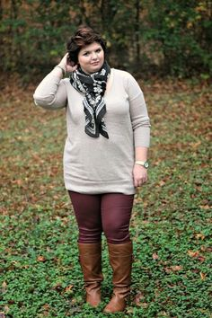 Fashionista: Pant+Sweater+Boot and Scarf Plus Size