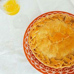 Nossa amada Torta de Estrogonofe de Cogumelo para começar bem o ano. #tortaestrogonofe #cogumelo 🌱🐟🐄🍫🍰 @donamanteiga #donamanteiga #danusapenna #amanteigadas #gastronomia #food #bolos #tortas www.donamanteiga.com.br