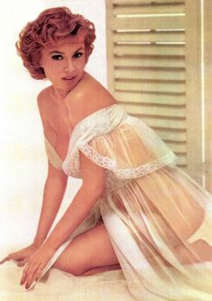 """honey-rider: """" retrogirly: """" Rhonda Fleming """" Cheers to Sheer Sunday, girlfriend! Classic Actresses, Actors & Actresses, Rhonda Fleming, Pin Up, Vintage Lingerie, Famous Women, Lingerie Collection, Up Girl, Beautiful Lingerie"""