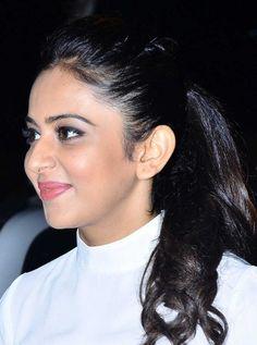Beautiful Girl Photo, Beautiful Gorgeous, Beautiful Models, Punjabi Actress, Actress Anushka, Beautiful Bollywood Actress, Most Beautiful Indian Actress, Indian Eyes, Girl Actors