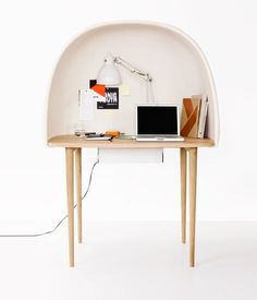 If you are the kind who gets easily distracted, you would love the ReWrite desk