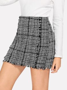 To find out about the Frayed Trim Plaid Tweed Skirt at SHEIN, part of our latest Skirts ready to shop online today! Plaid Skirts, Mini Skirts, Boho Skirts, Shein Dress, Bodycon Fashion, Bodycon Style, Skirt Fashion, Skirts For Sale, Body Con