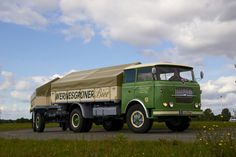 Bier Laster von Bernd Nichts  Skoda 706RTx  #Skoda #Skoda_706RTx #CZ Vintage Trucks, Old Trucks, Classic Trucks, Classic Cars, International Harvester Truck, Volkswagen Group, Cab Over, Bus, Commercial Vehicle