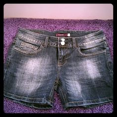 Vigoss Brand Shorts Size 5 Vigoss Brand. Great condition. 4 1/2 inch inseam. Vigoss Shorts Jean Shorts