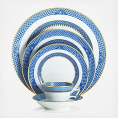 The Indigo Wave collection adds color and flair to any dining table.