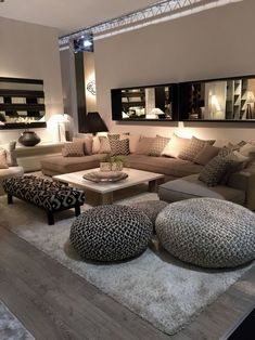 Discover the best luxury home decor inspiration selected for your next interior . - Discover the best luxury home decor inspiration selected for your next interior design project here - Small Living Rooms, Home And Living, Luxury Living Rooms, Living Roon, Spacious Living Room, Living Room Brown, Cozy Living Room Warm, Living Room Seating, Living Area