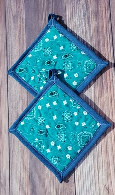 Pot Holders - Turquoise Bandana