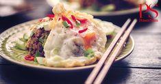 Een lekkere nasi, met een gebakken ei, gebakken groenten en zelfgemaakte nasikruiden.